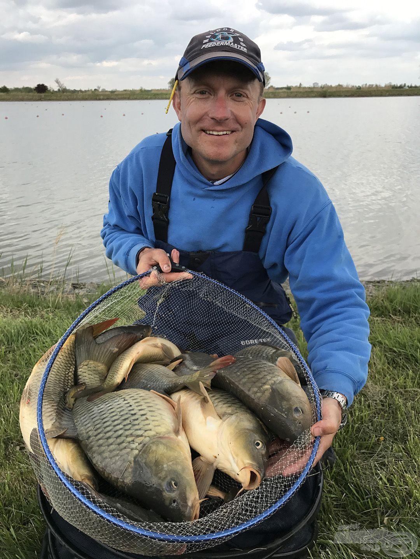 Különösen jó választás lehet a versenyszerű feederezéssel ismerkedő horgászoknak…