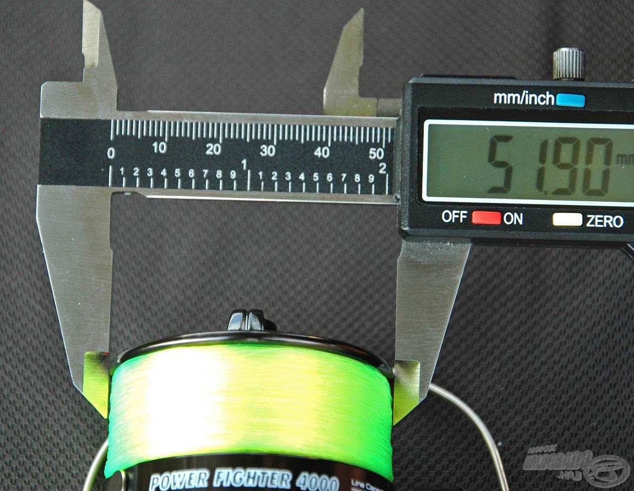Hasonlóképp növekszik a méret a dobperem-átmérőket illetően is, az indulóméretnél ez 51,90 mm…