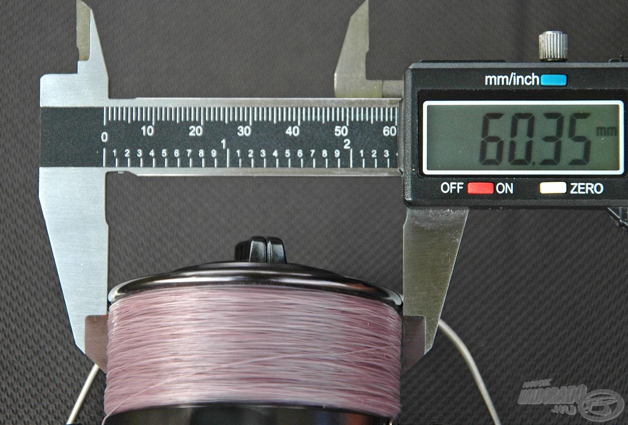 … felfelé haladva pedig 60,35 mm-nél áll meg a 6000-es méret átmérője