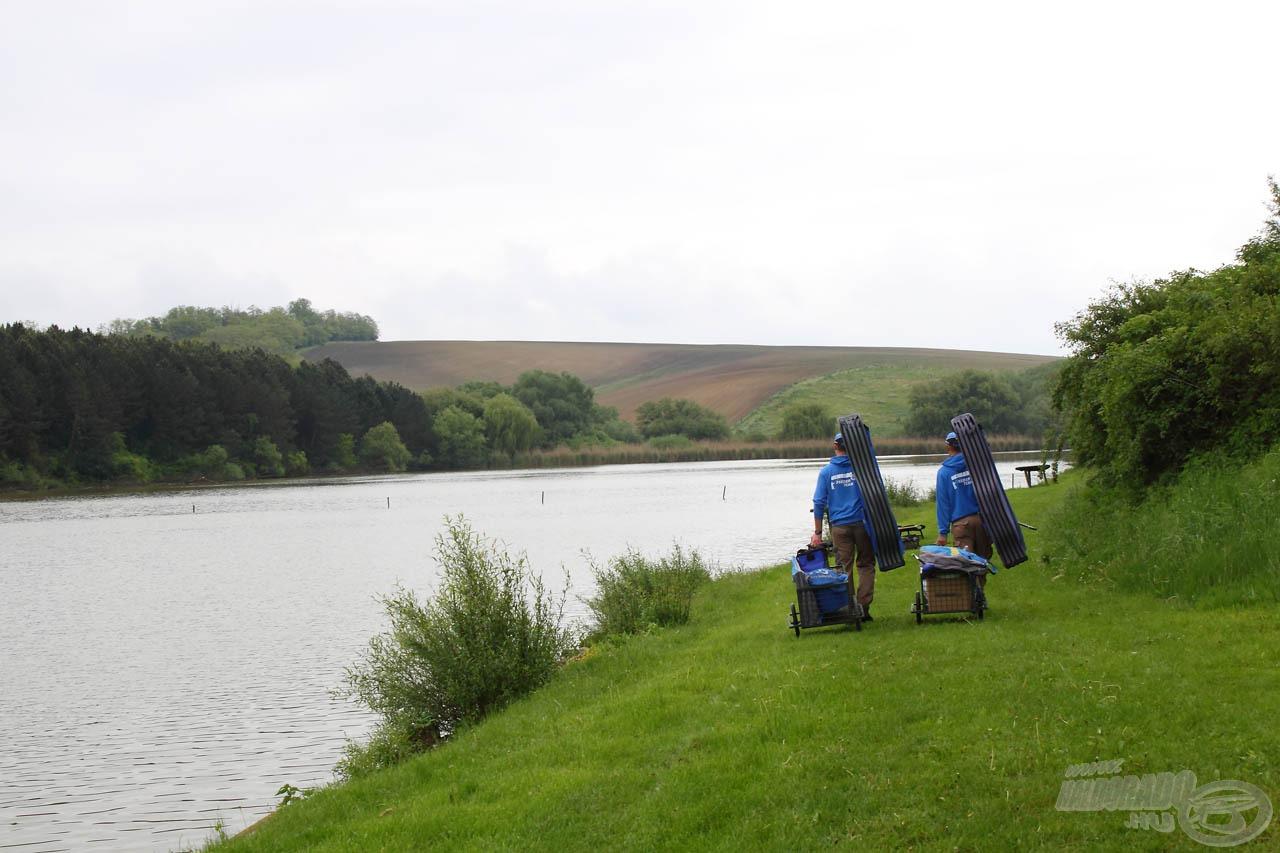 """A horgászhelyeket csak gyalog lehet megközelíteni, úgyhogy elkél az """"utánfutó"""""""
