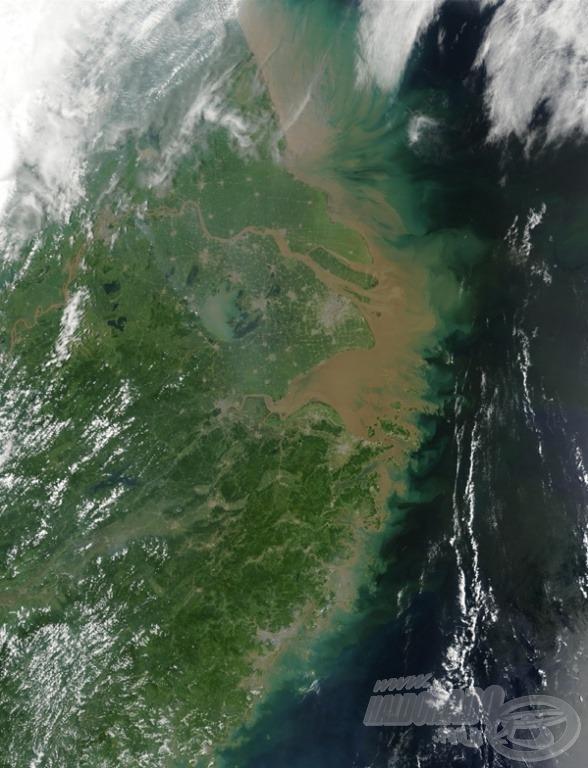 Szennyezés a Jangce torkolatnál…