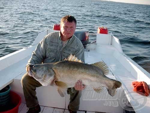 A horgászatok közben szinte nem is fogtunk kisebb sügereket