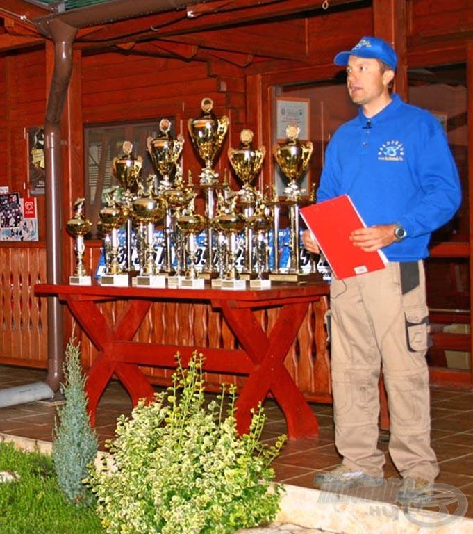 A verseny főszervezője, Döme Gábor mindkét napon részletes szabályértelmezést tartott, hogy a verseny a legkisebb probléma vagy félreértés nélkül folyhasson le