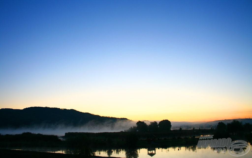 Hat fok, szélcsend és felhőmentes ég fogadta a versenyzőket a második nap reggelén