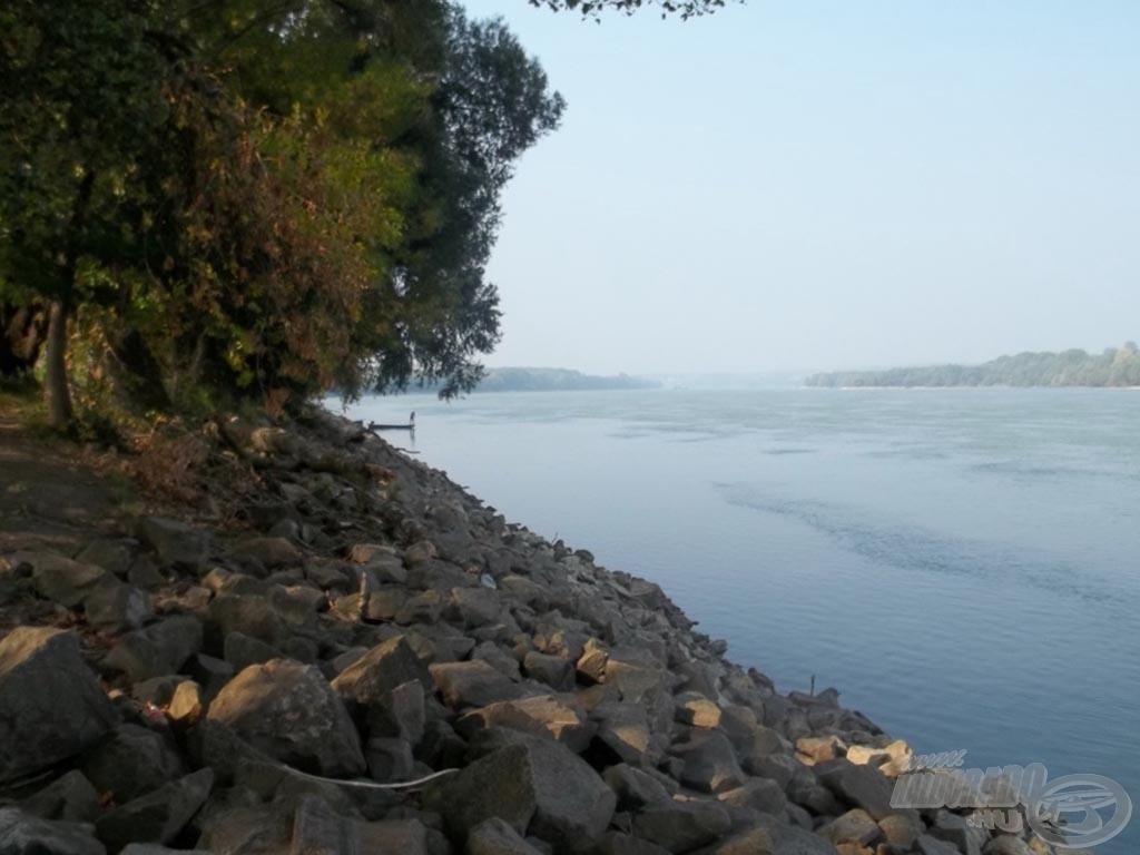 A vén folyó tárt karokkal vár