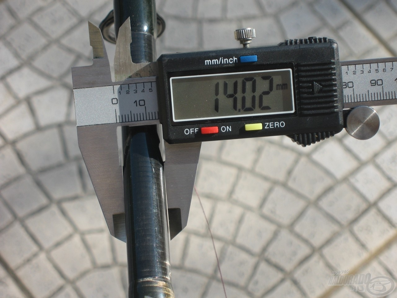 … 25 cm-rel feljebb azonban már csak 14 mm