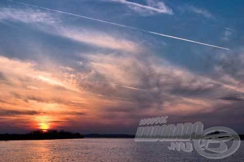 A Tisza-tó és a folyó hatalmas méreteivel és nem mindennapi halállományával kellemes kikapcsolódást, szórakozást nyújthat az oda érkező horgászoknak