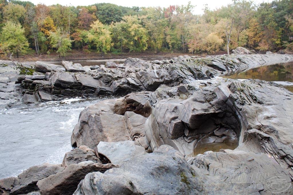A Connecticut folyó eredeti medre nagyon változatos