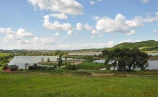 Maconka-víztározó és tórendszere